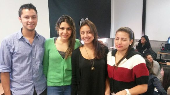 Sixth semester students (juniors) David, Lina, Gabriela and Ximena helped facilitate the simulation
